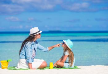 """Седем спасителни съветa за родители, чиито деца са засегнати от """"летен грип""""! (част 2)"""